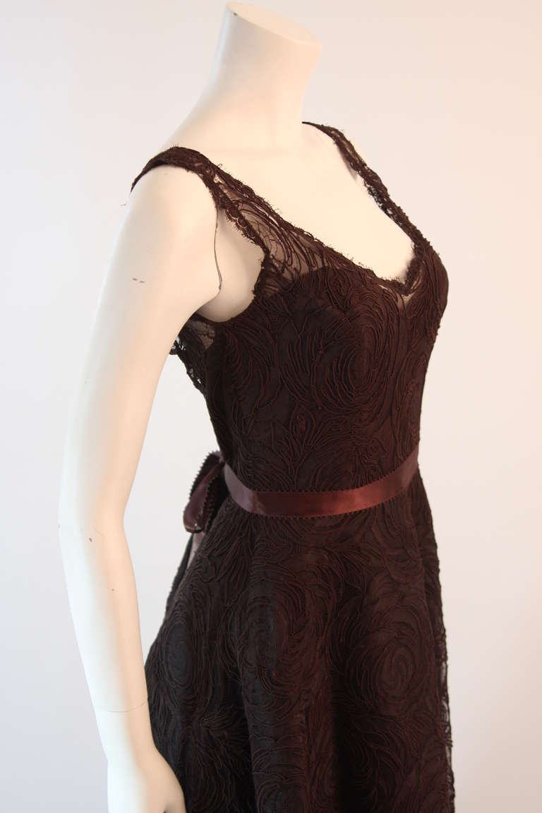 Monique Lhuillier Brown Lace Cocktail Dress Size 8 In Excellent Condition For Sale In Los Angeles, CA