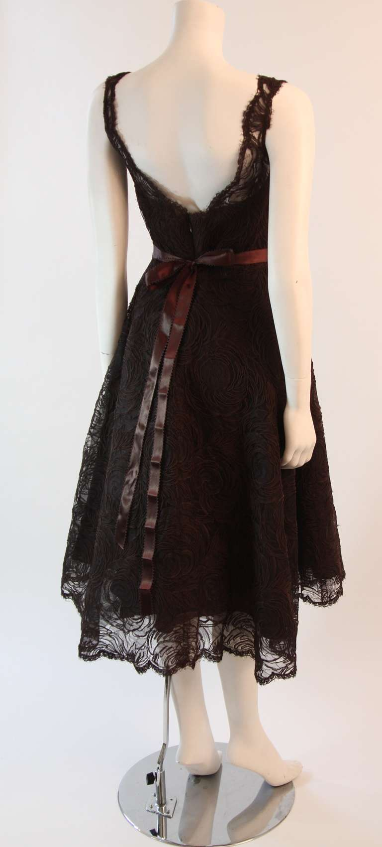 Women's Monique Lhuillier Brown Lace Cocktail Dress Size 8 For Sale