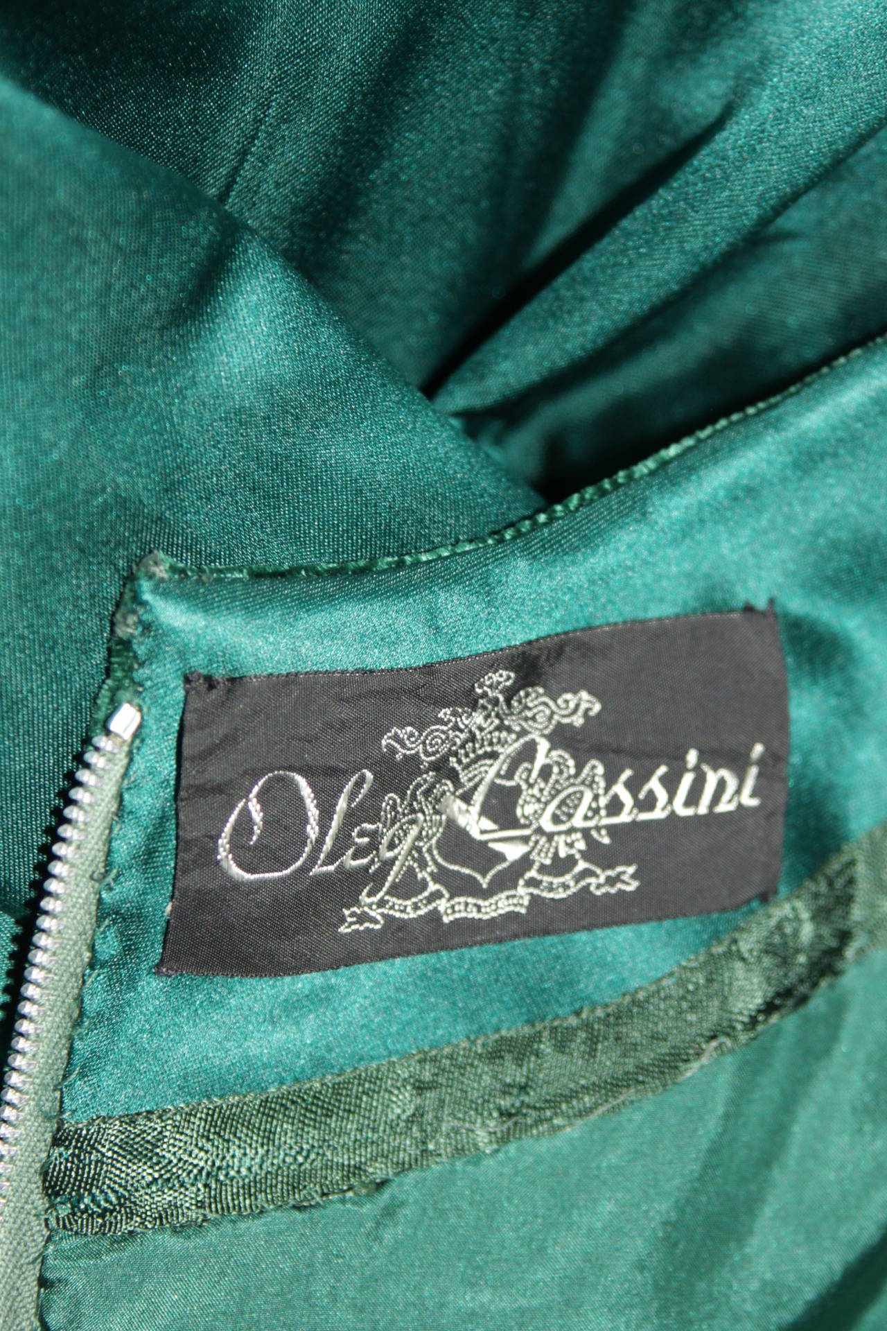 Oleg Cassini Emerald Silk and Velvet Applique Dress Size Small For Sale 4