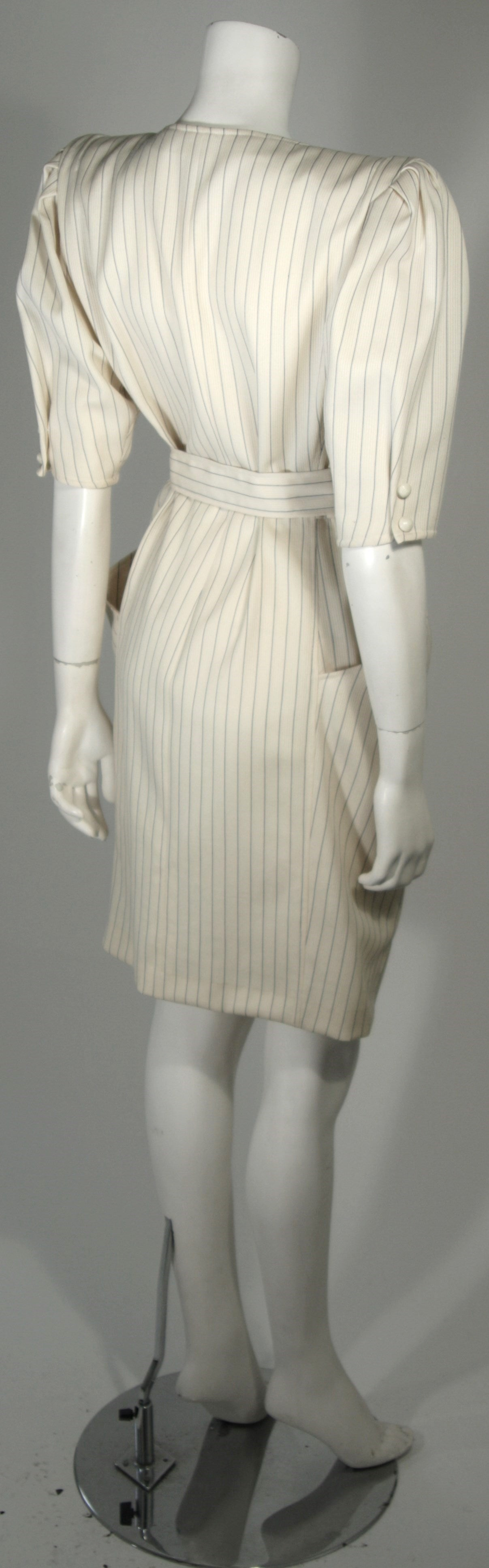 Women's Ungaro Cream Pin Stripe Dress with Center Front Buttons 42 8 For Sale
