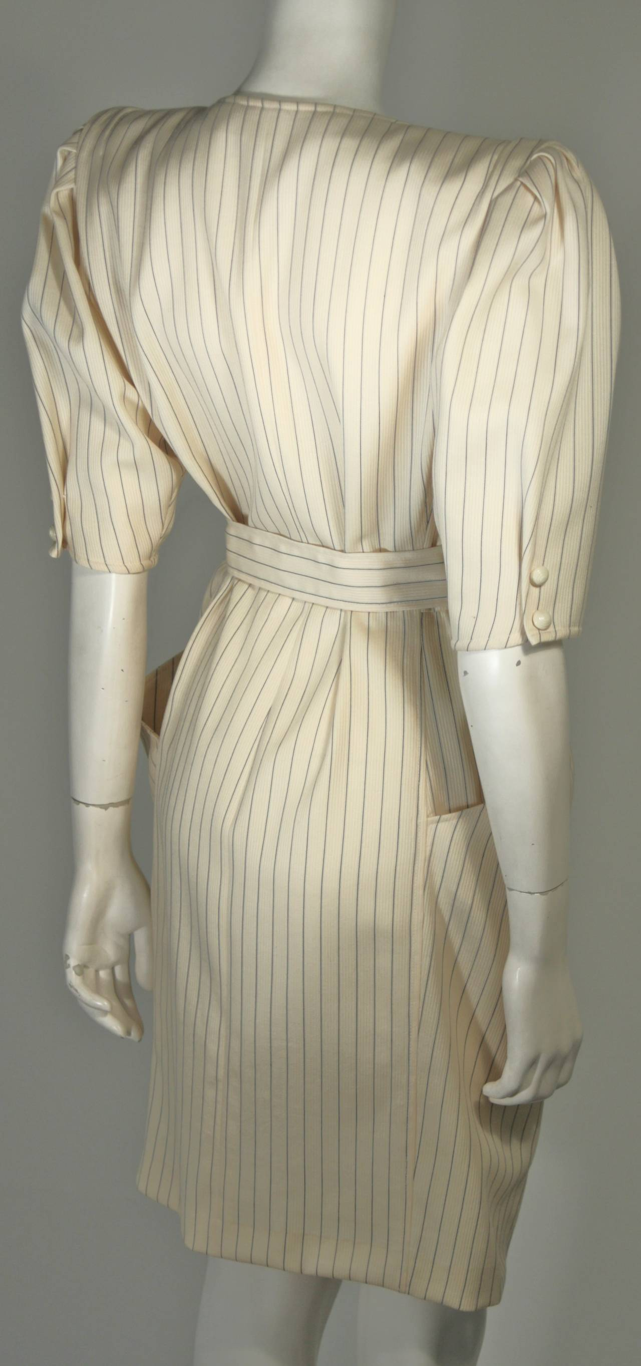 Ungaro Cream Pin Stripe Dress with Center Front Buttons 42 8 For Sale 1