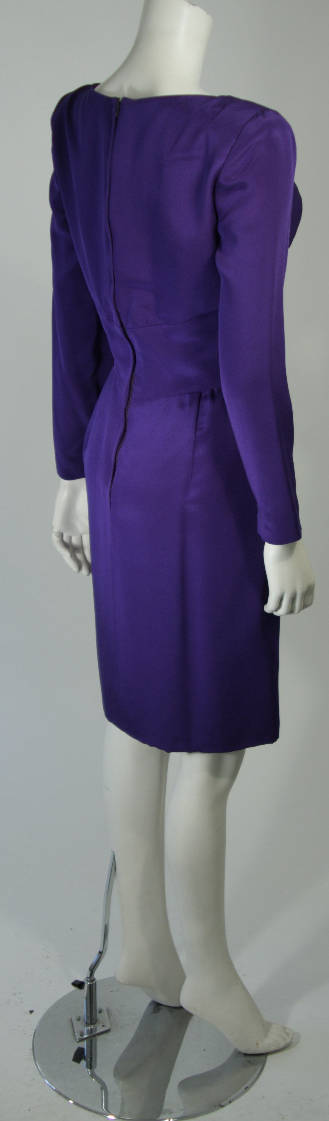 Travilla Purple Silk Long Sleeve Cocktail Dress with Draping Size 8 For Sale 4