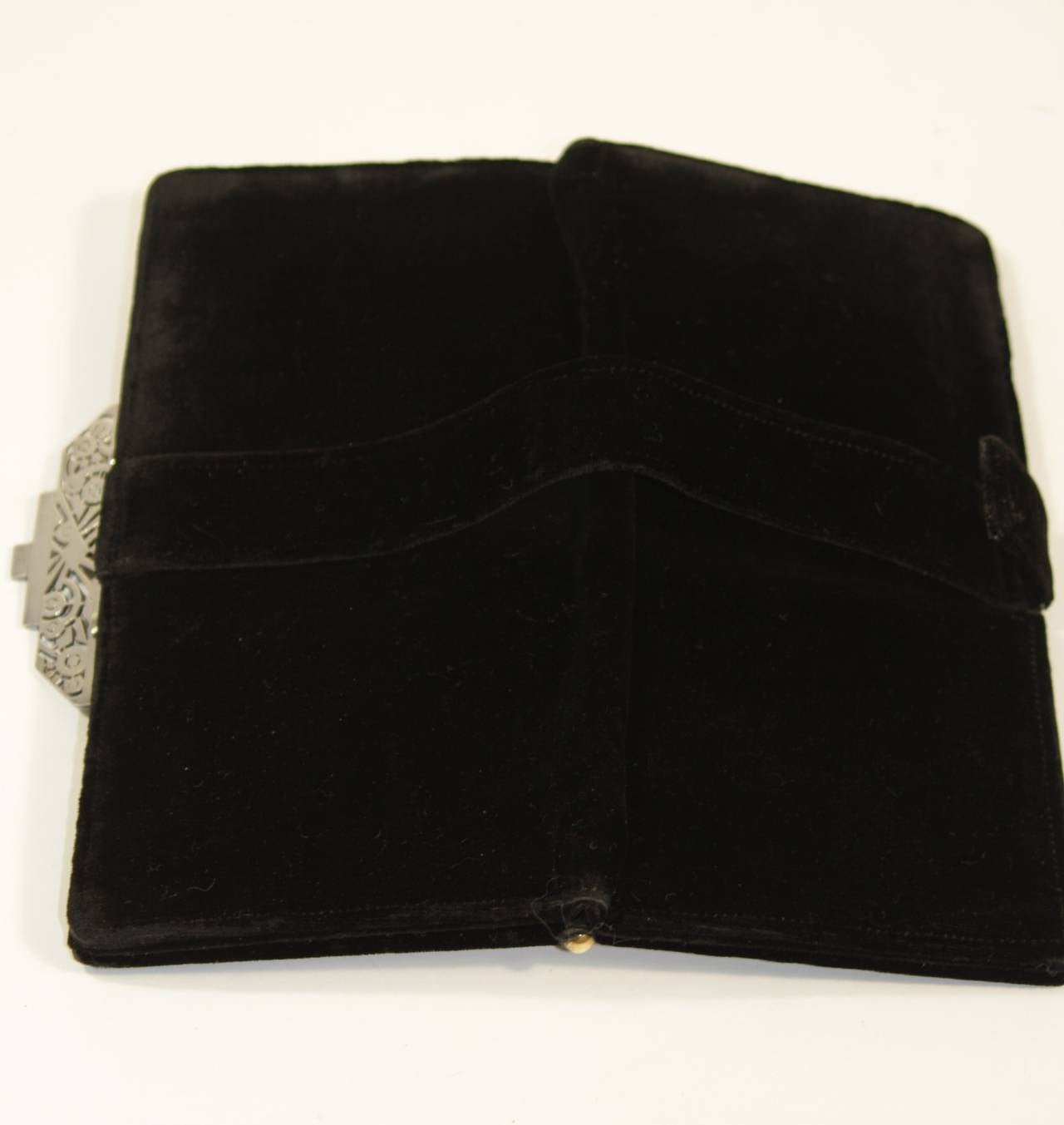 Vintage Deco Velvet Evening Clutch with Jewel Details 10