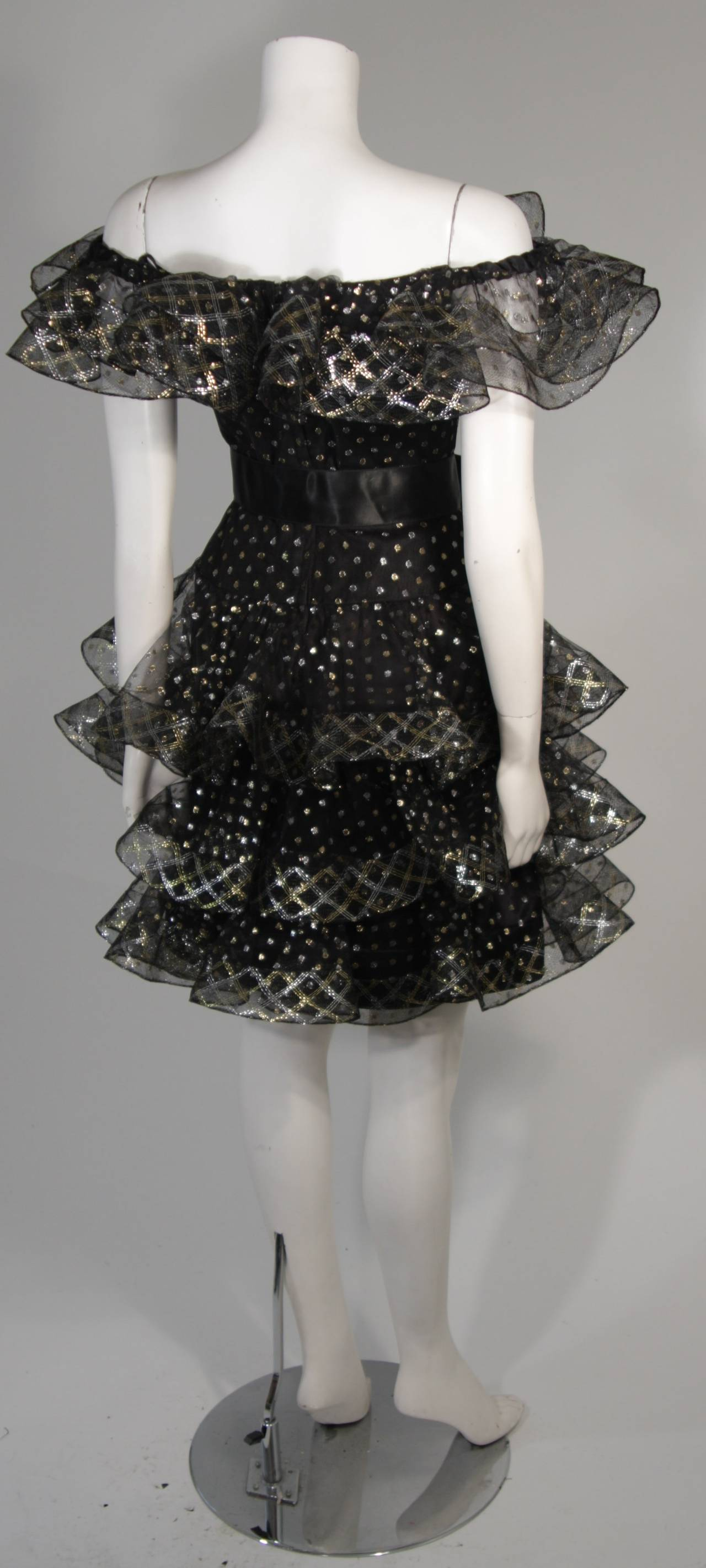 Victor Costa Black with Gold and Silver Metallic Accents Cocktail Dress Size 2 For Sale 4