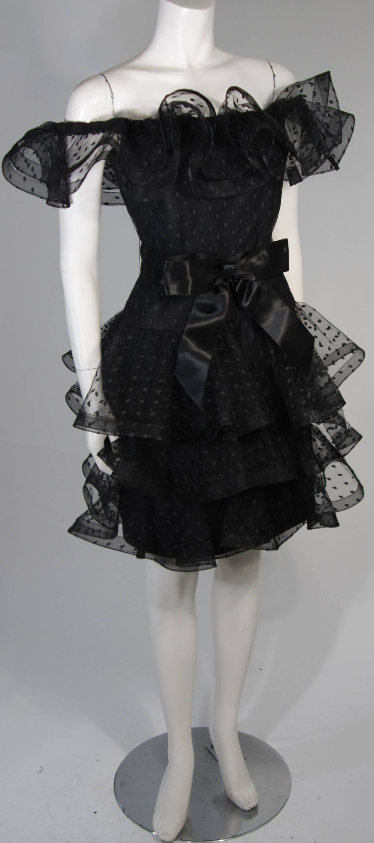 Women's Victor Costa Black Cocktail Dress with Ruffled Horsehair Hemlines Size 2 For Sale