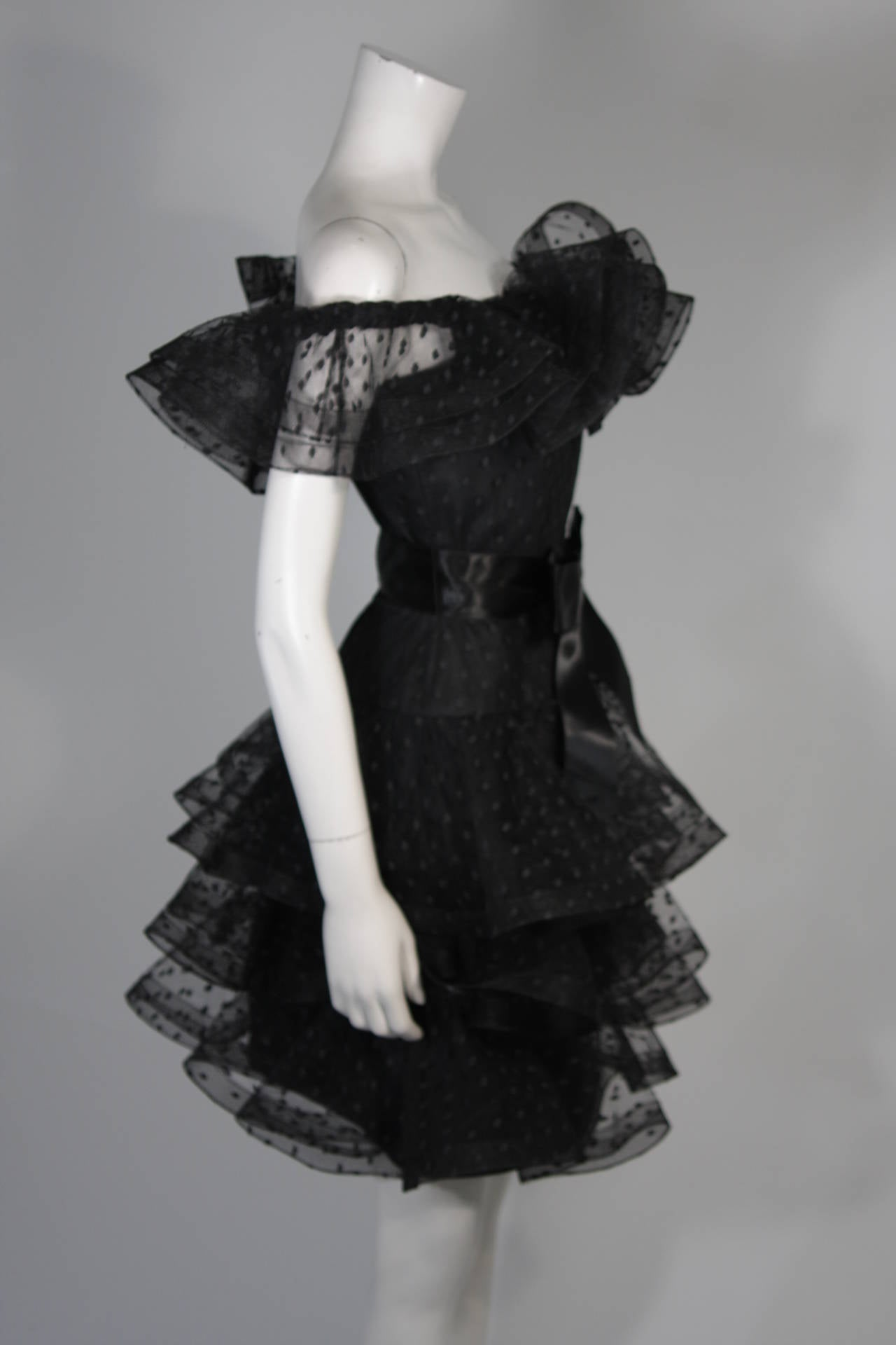 Victor Costa Black Cocktail Dress with Ruffled Horsehair Hemlines Size 2 For Sale 3