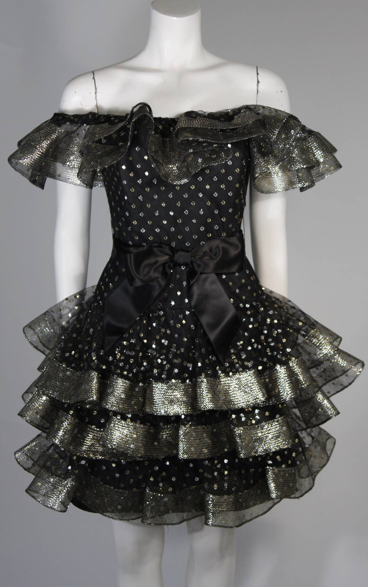 Victor Costa Black Ruffled Cocktail Dress with Silver and Gold Polka Dots Size 2 In Excellent Condition For Sale In Los Angeles, CA