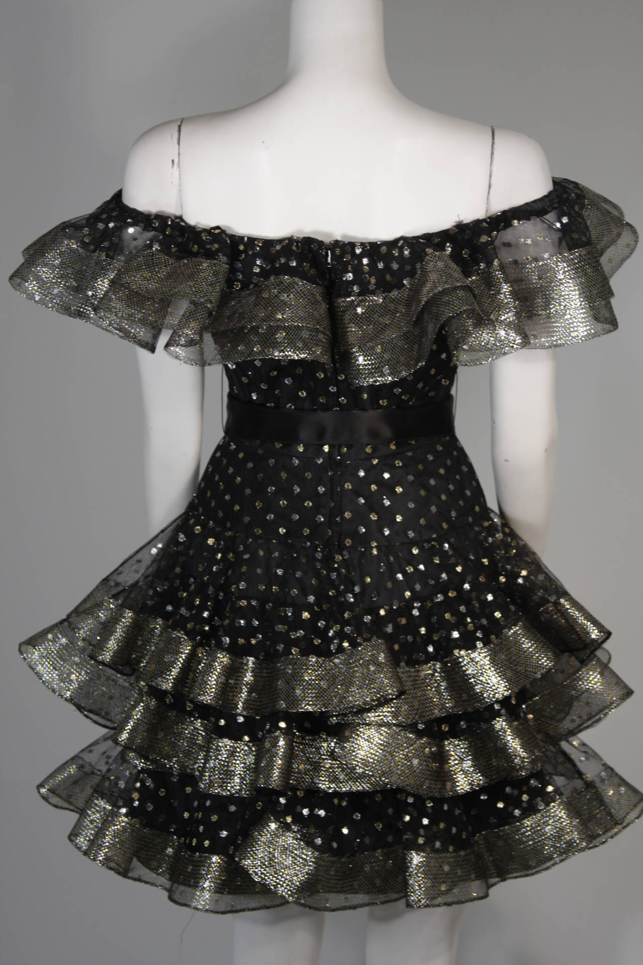 Victor Costa Black Ruffled Cocktail Dress with Silver and Gold Polka Dots Size 2 For Sale 5