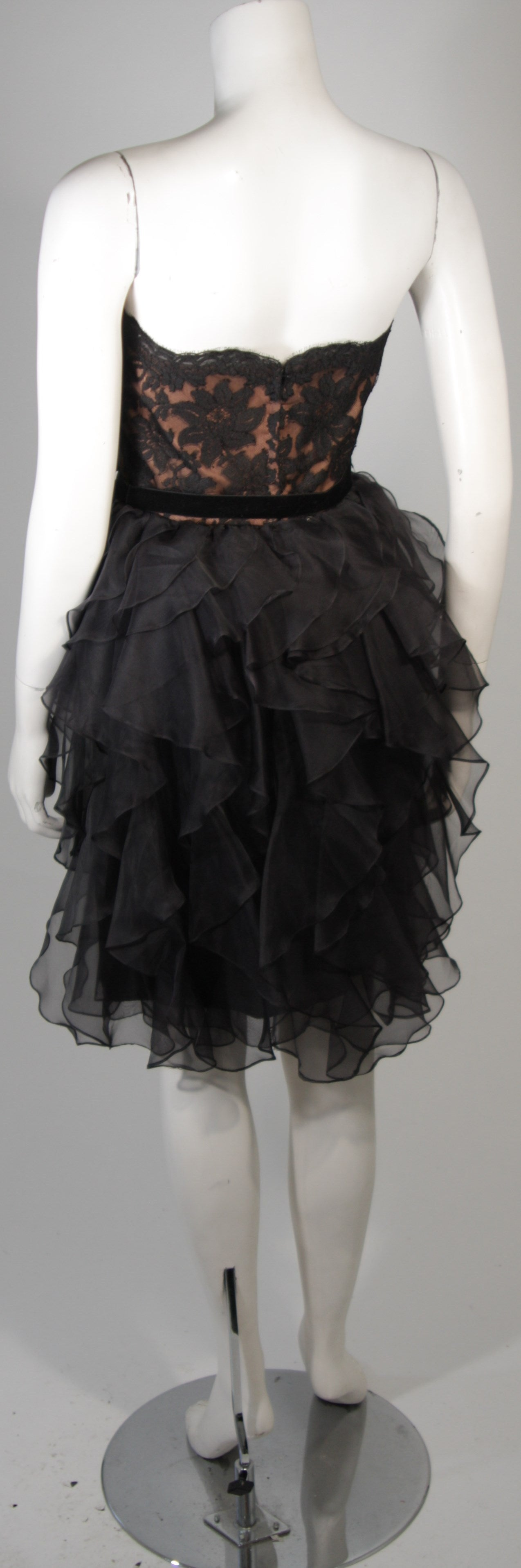 Jill Richards Black Lace Cocktail Dress with Layered Silk Skirt Size 6 For Sale 3