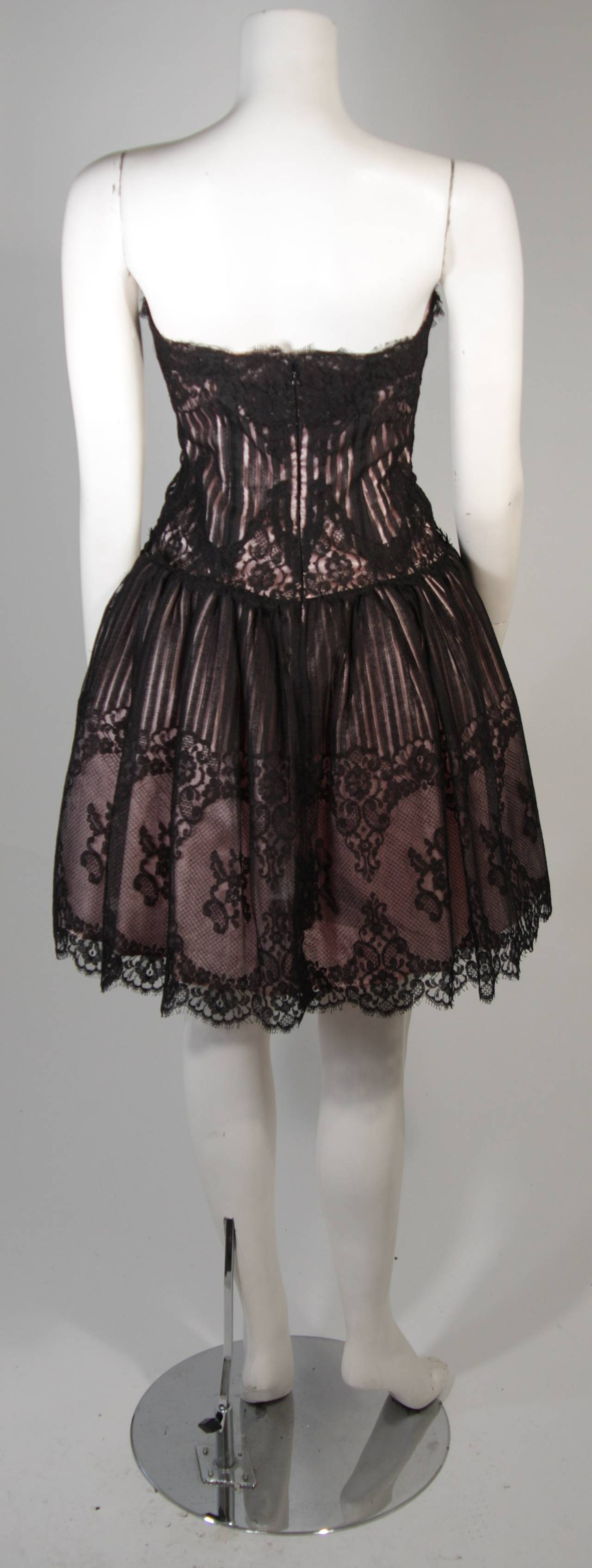Victor Costa Strapless Black Lace Cocktail Dress with Pink Satin Size 40 For Sale 2