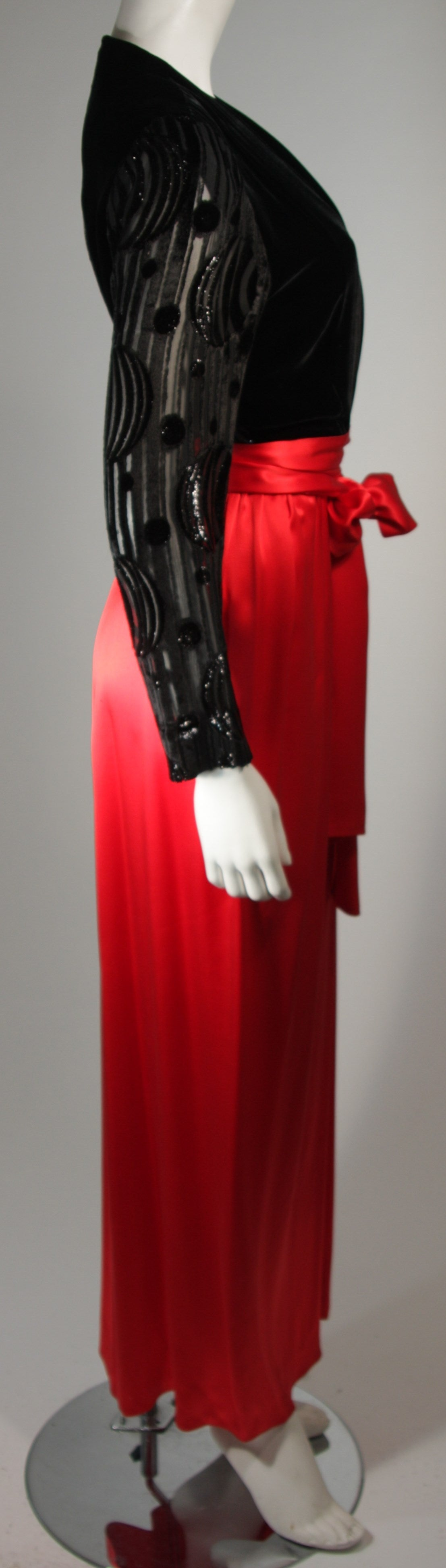 Adele Simpson Burnout Black Velvet and Red Silk Gown Size Small For Sale 1