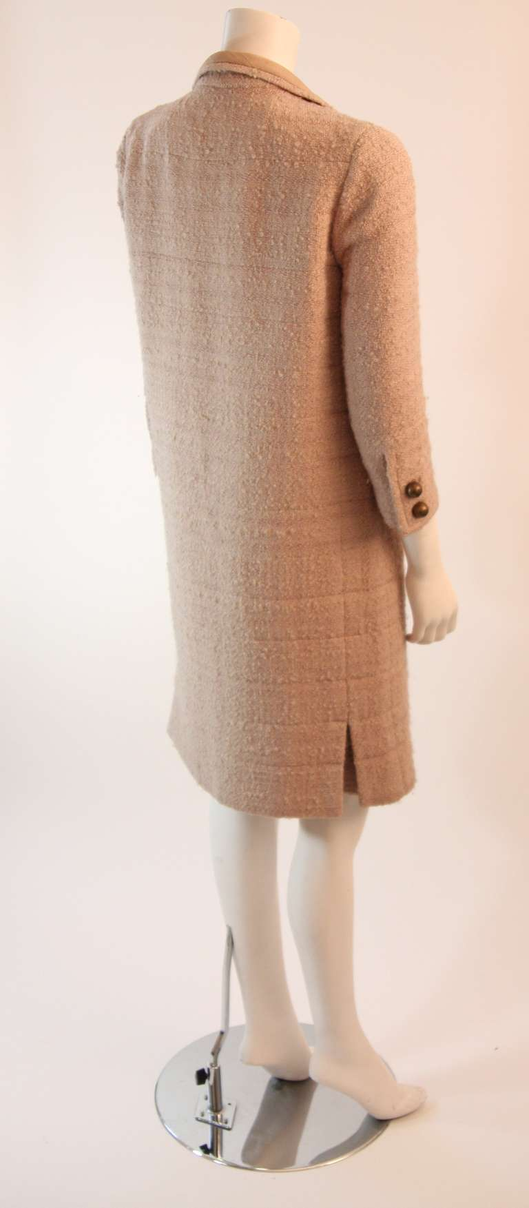 1960's Attributed to Chanel Couture Cream Boucle 3 Piece Tweed Suit 6