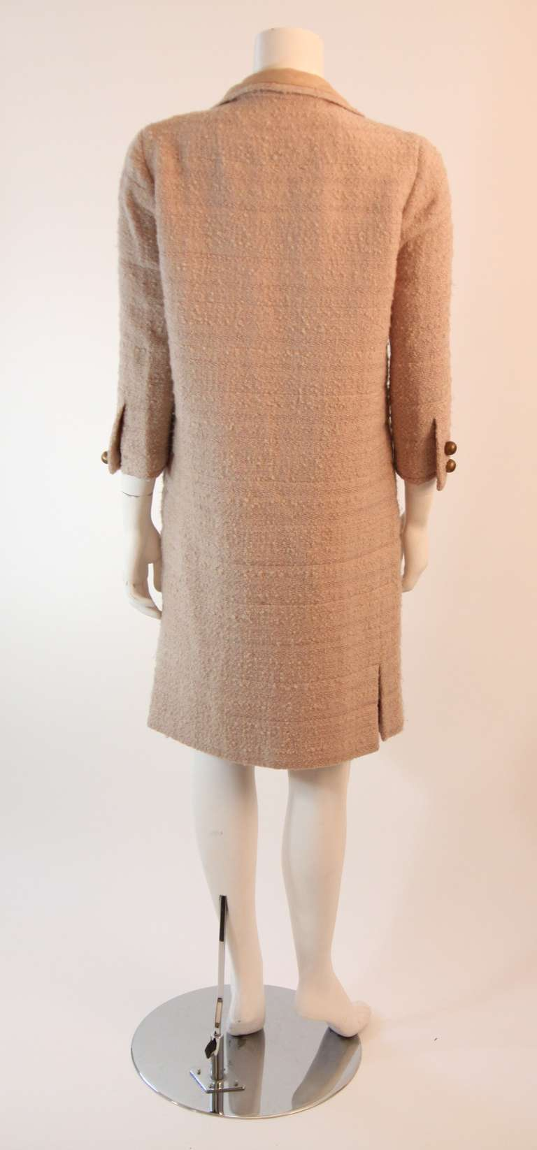 1960's Attributed to Chanel Couture Cream Boucle 3 Piece Tweed Suit 7