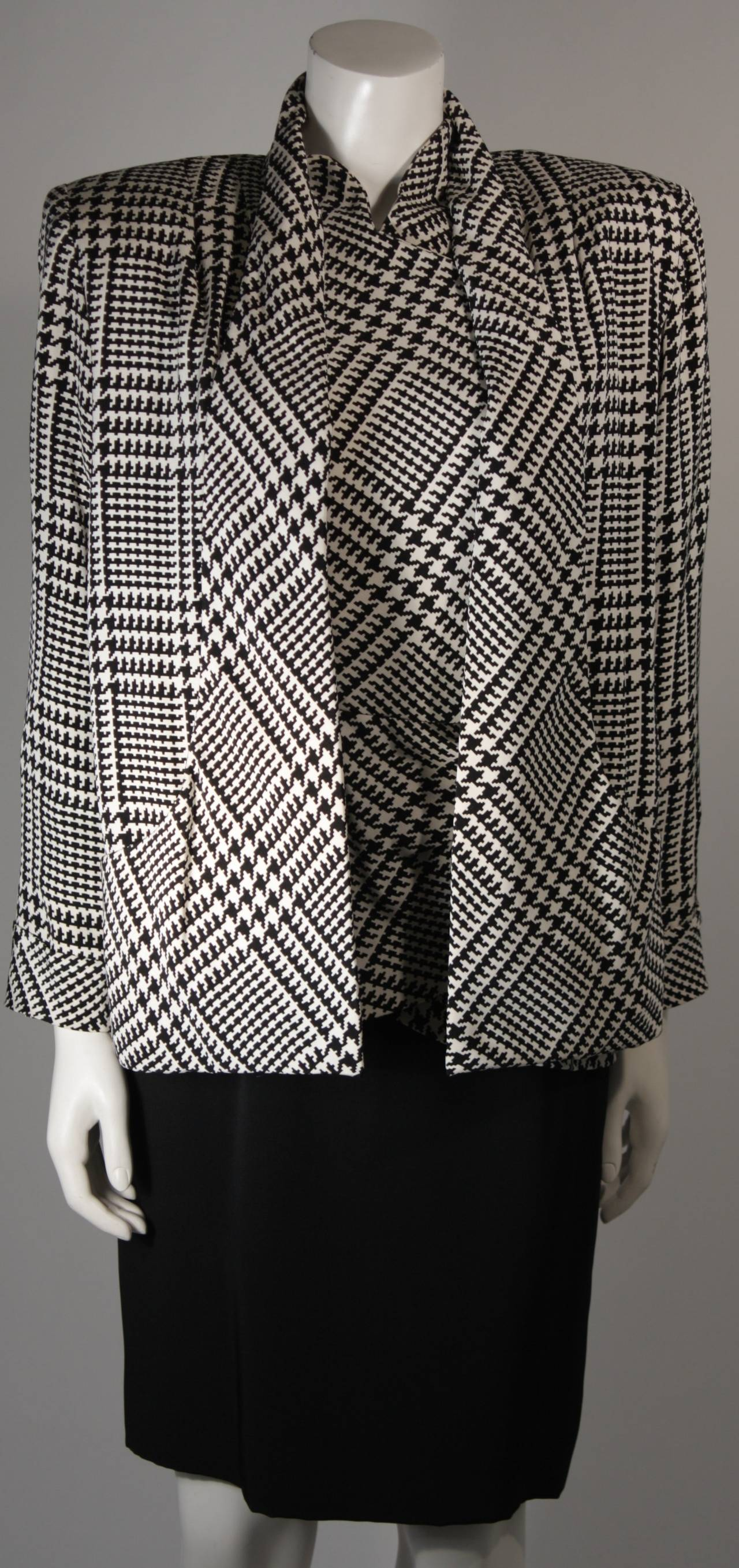 Get the best deals on black and black and white houndstooth dress and save up to 70% off at Poshmark now! Whatever you're shopping for, we've got it.