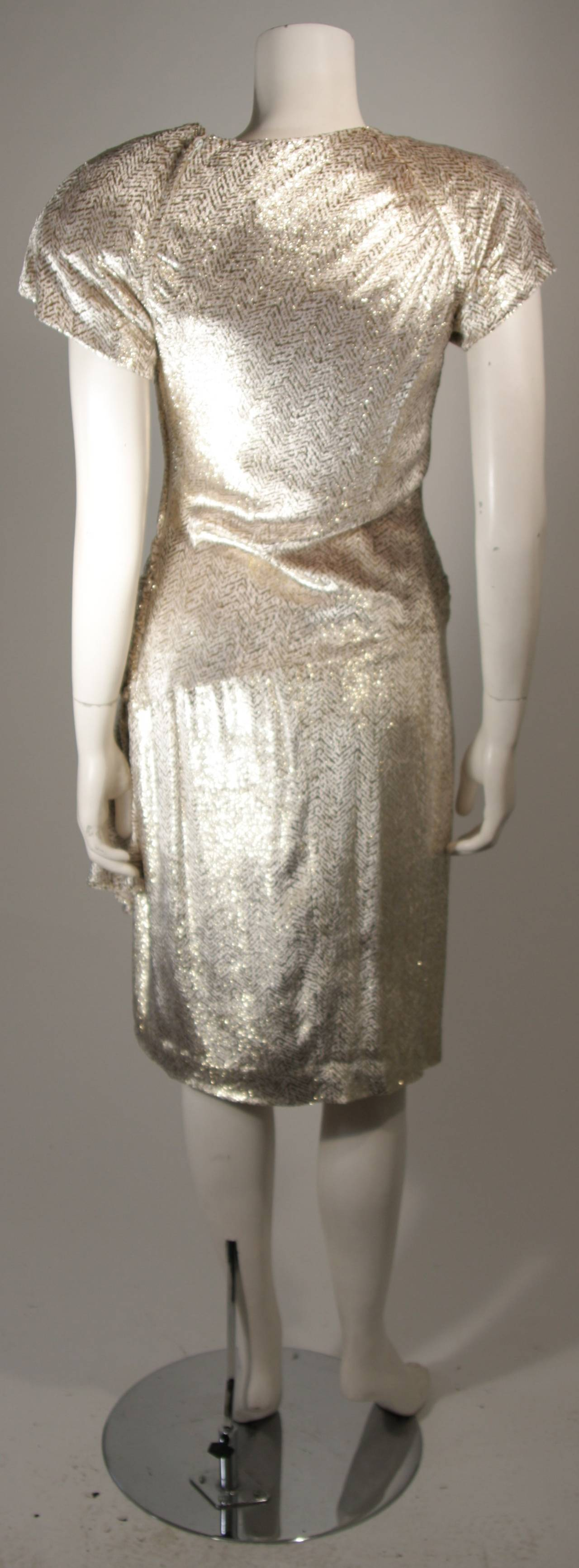 Vicky Tiel Ivory and Gold Velvet Texture Cocktail Dress Size 38 For Sale 3