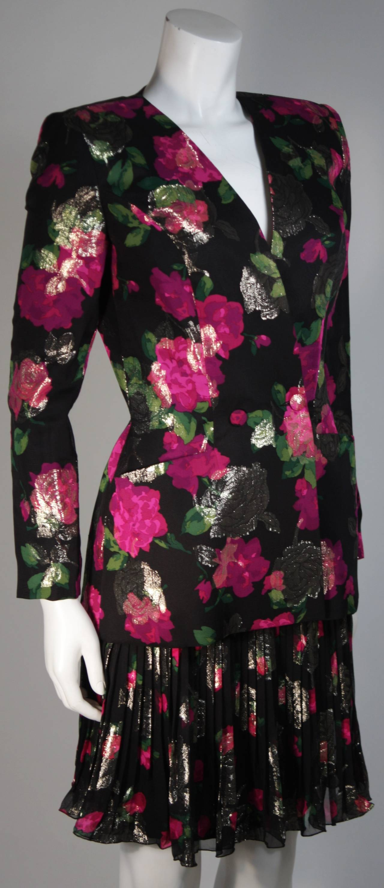 Women's Vicky Tiel Black SilkSuit with Floral Motif and Pleated Chiffon Skirt Size Small For Sale