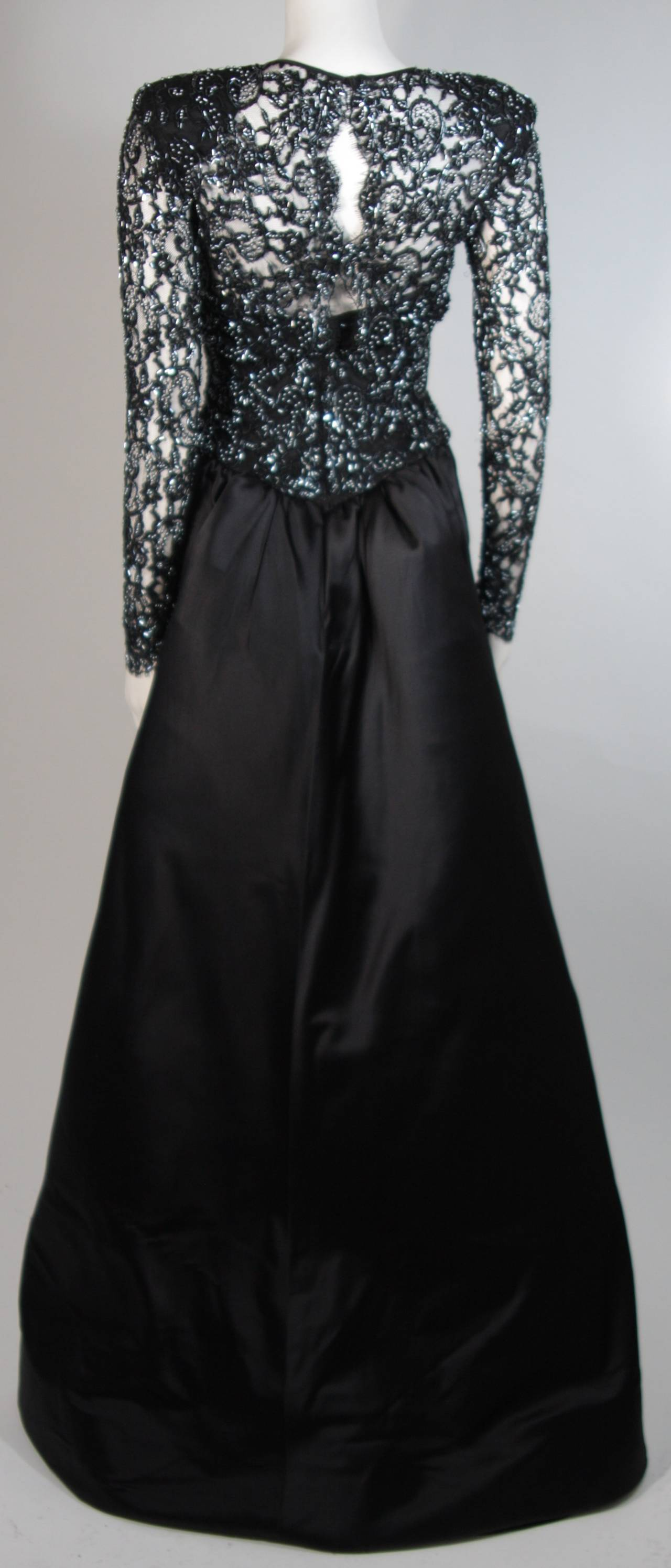 Vicky Tiel Black Embellished Lace Gown With Silk Skirt Size Small 6