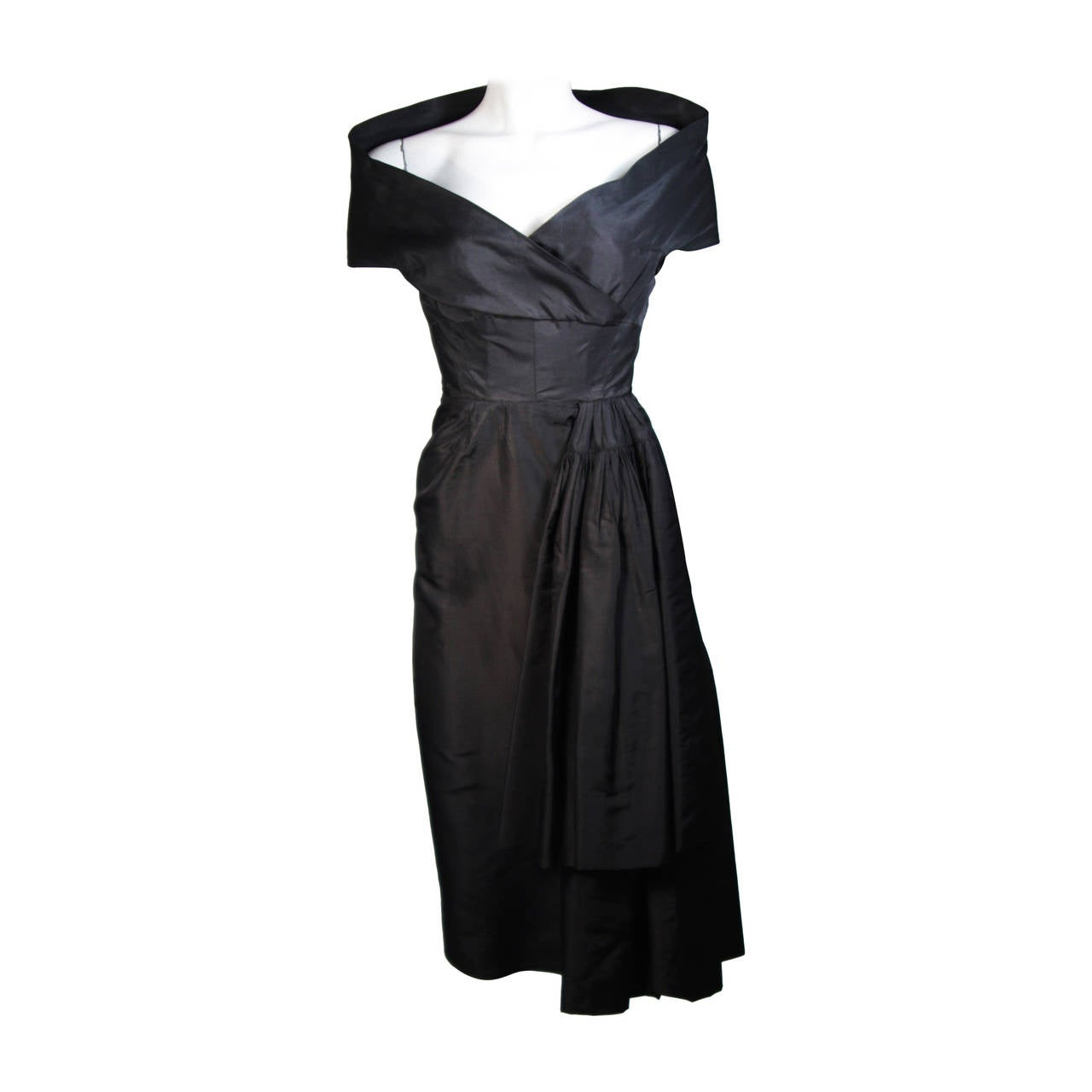 Ceil Chapman Black Cocktail Dress with Draped Detail Size Small For Sale