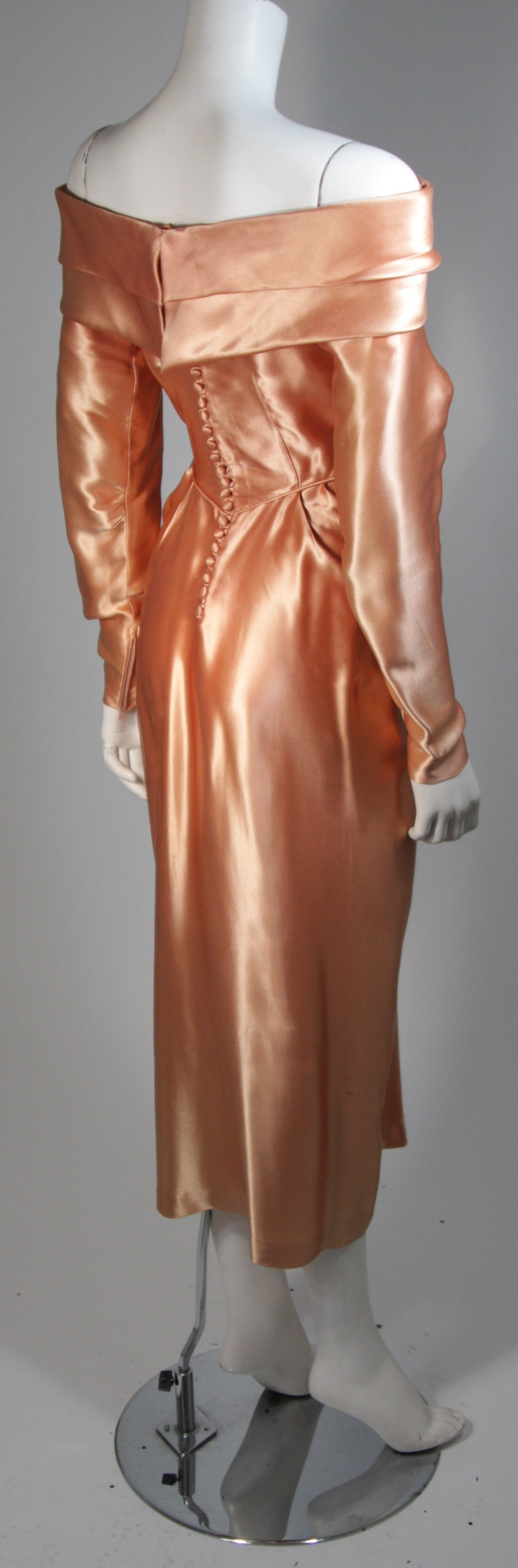 Ceil Chapman Draped Silk Gown in a Peach Champagne Hue Size 4-6 For Sale 2