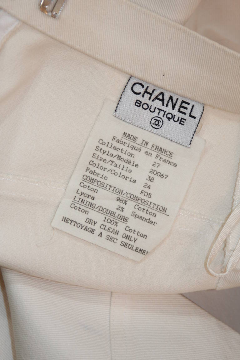 Fabulous Chanel Off White Stretch Denim Utility Style Skirt Size 38 8