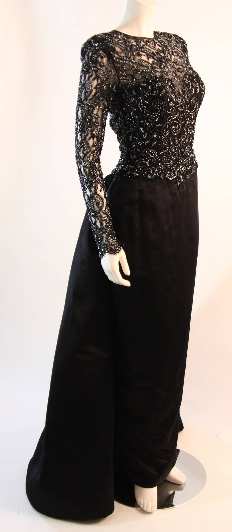 Vicky Tiel Embellished Lace Gown Size 38 5