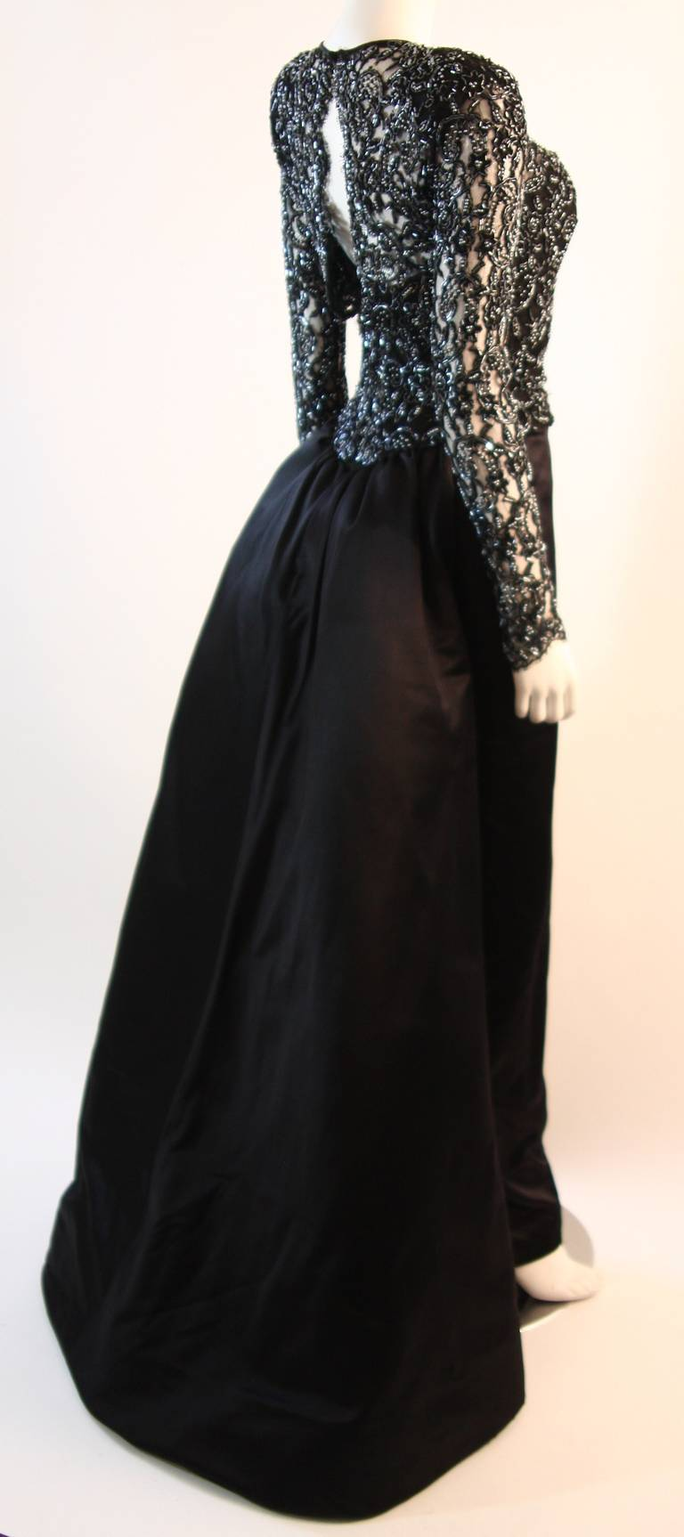 Vicky Tiel Embellished Lace Gown Size 38 6
