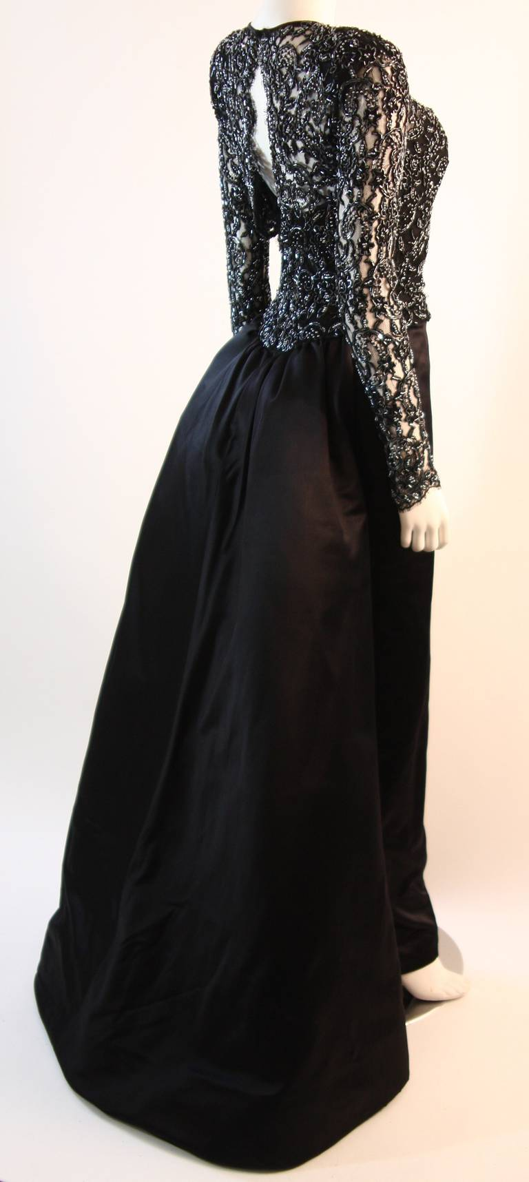 Vicky Tiel Embellished Lace Gown Size 38 7