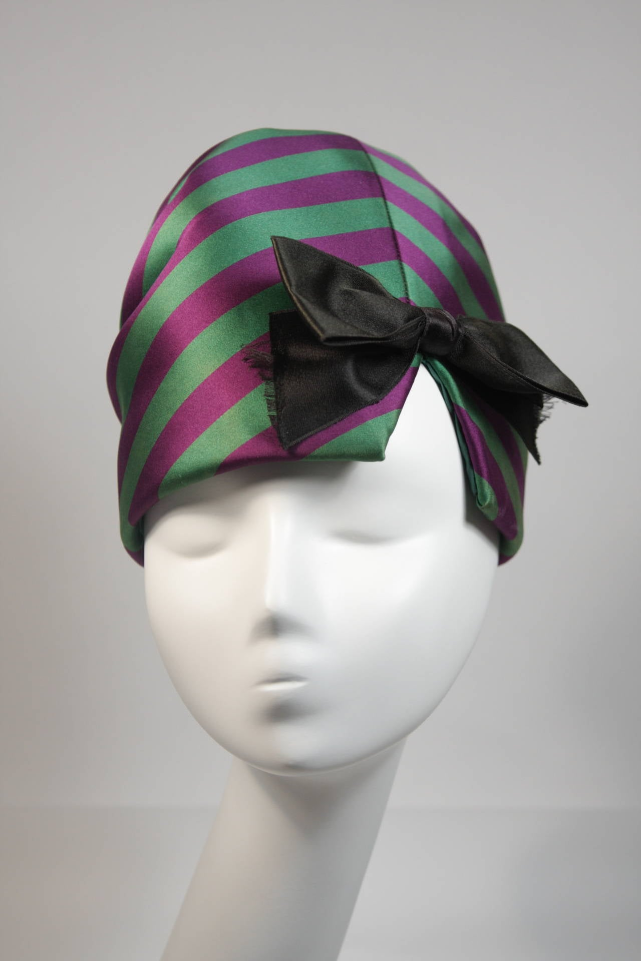 Yves Saint Laurent Rive Gauche Purple and Green Silk Rouched Hat with Bow 3