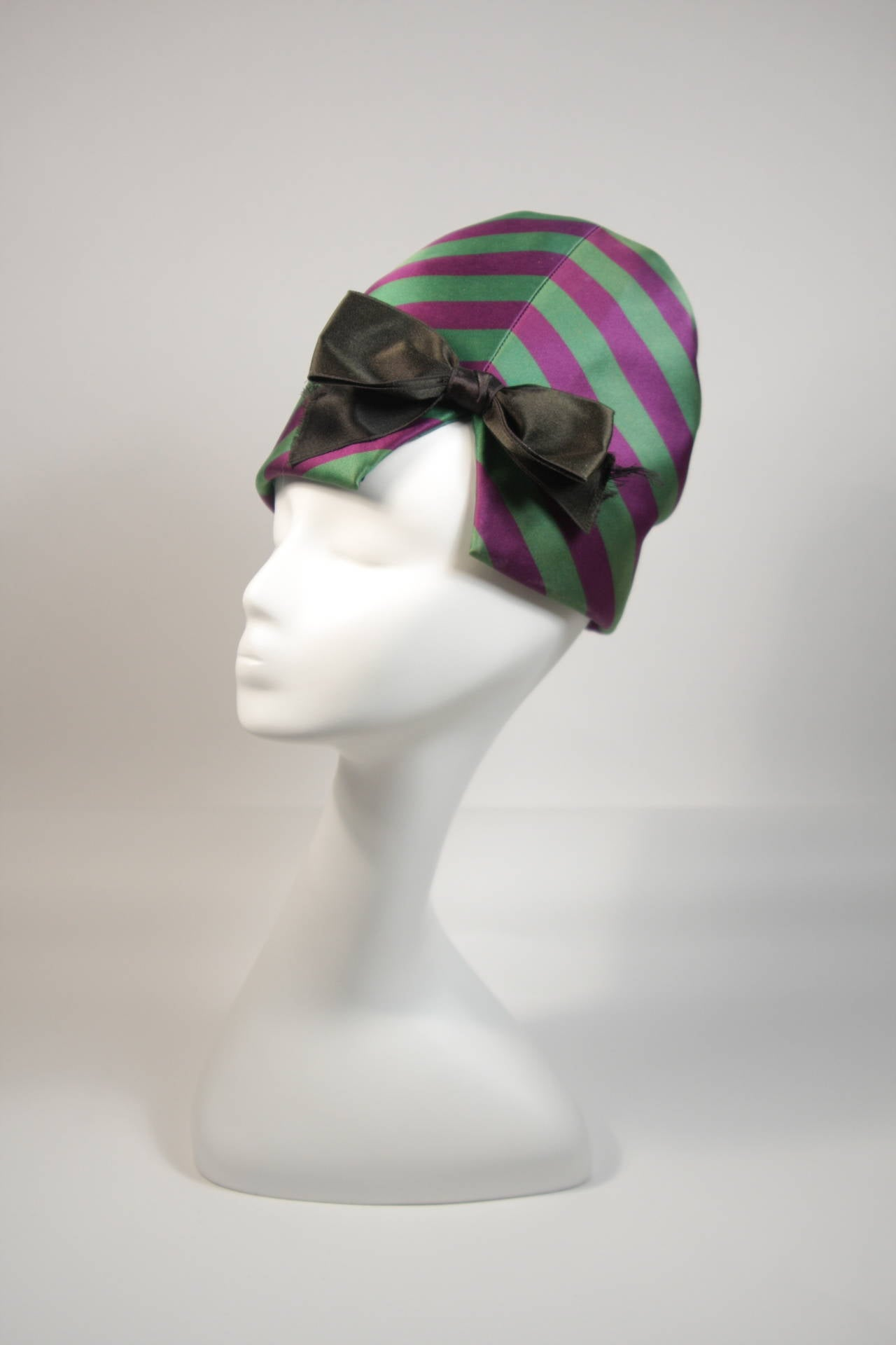 Yves Saint Laurent Rive Gauche Purple and Green Silk Rouched Hat with Bow 4