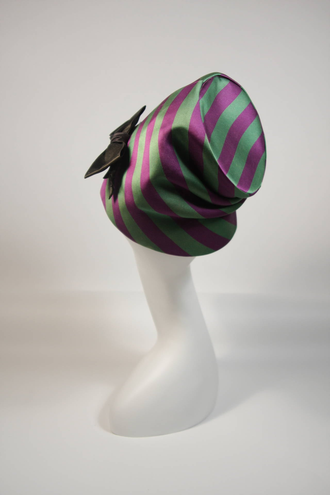 Yves Saint Laurent Rive Gauche Purple and Green Silk Rouched Hat with Bow 8