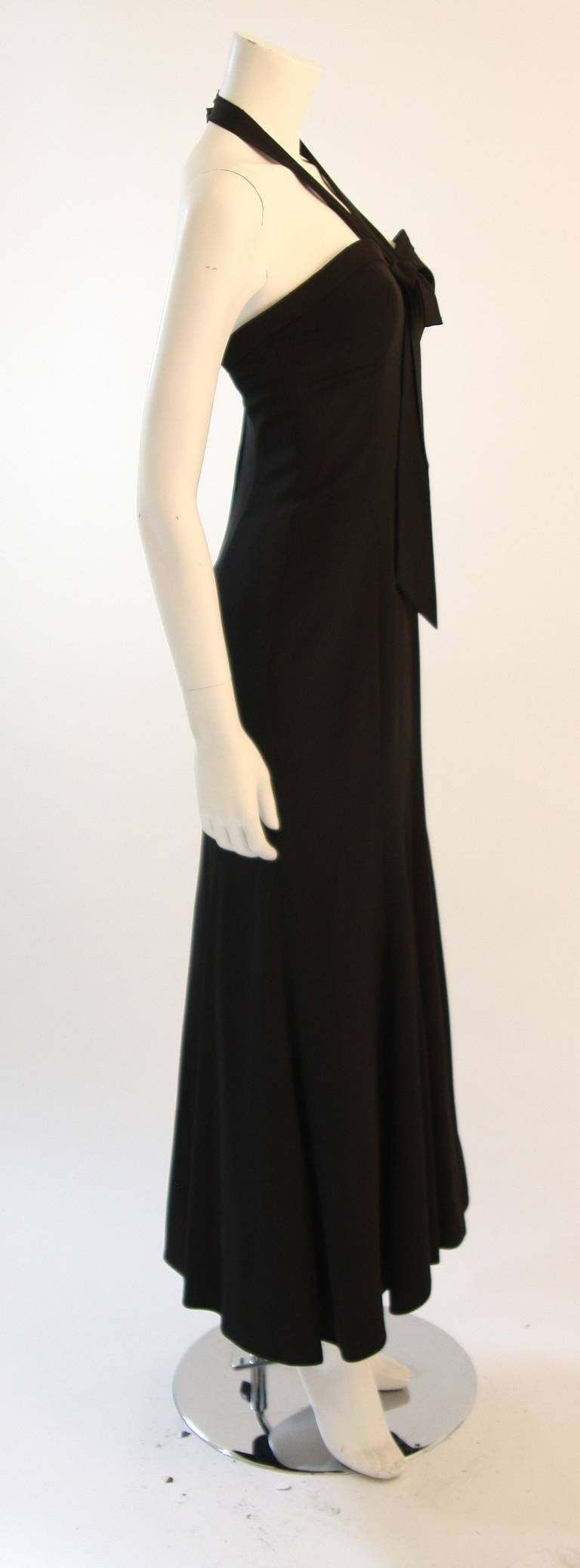 Emanuel Ungaro Evening Gown with Halter and Bow Size 6 For Sale 1