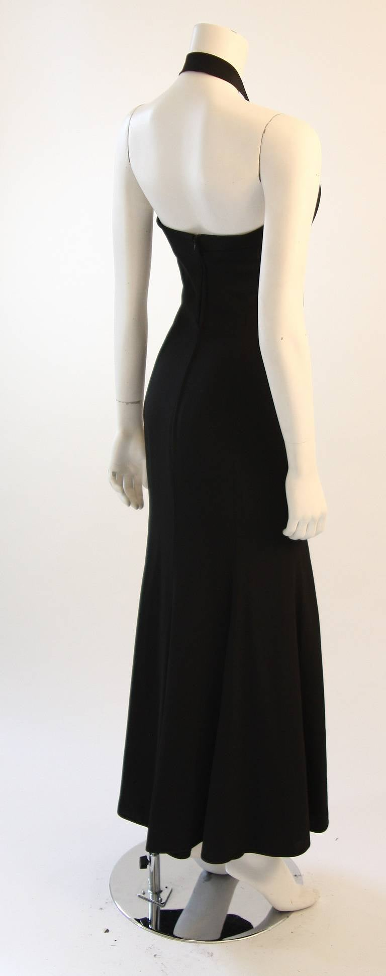 Emanuel Ungaro Evening Gown with Halter and Bow Size 6 For Sale 2