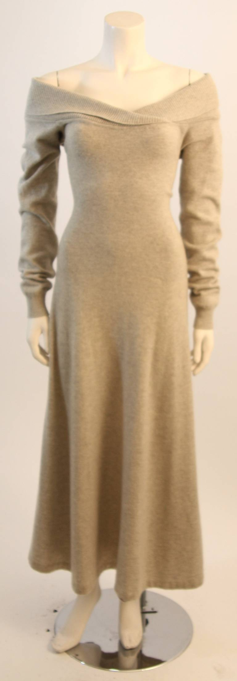 Ralph Lauren Full Length Cashmere Off-the-shoulder Dress Size Medium 2