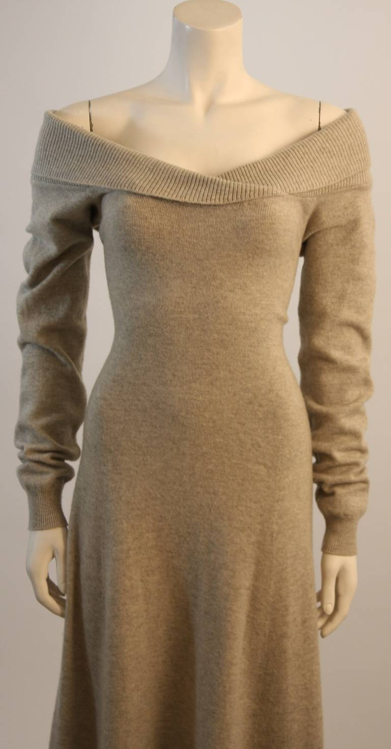 Ralph Lauren Full Length Cashmere Off-the-shoulder Dress Size Medium 3