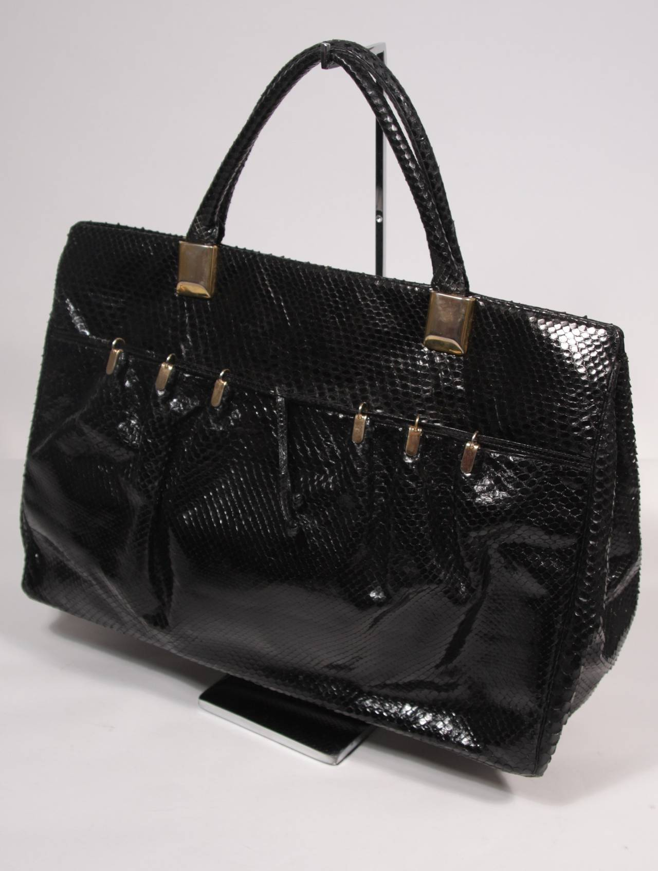 Judith Leiber XL Black Snakeskin Tote with Coin Purse Excellent Condition In Excellent Condition For Sale In Los Angeles, CA