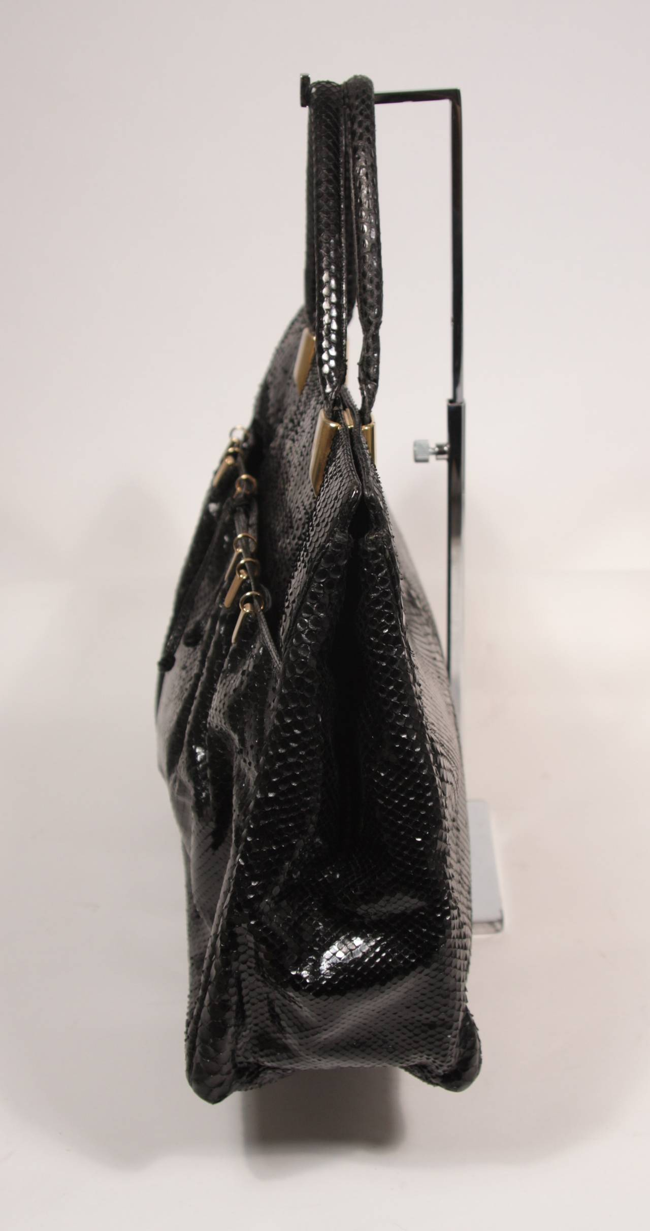 Judith Leiber XL Black Snakeskin Tote with Coin Purse Excellent Condition For Sale 2
