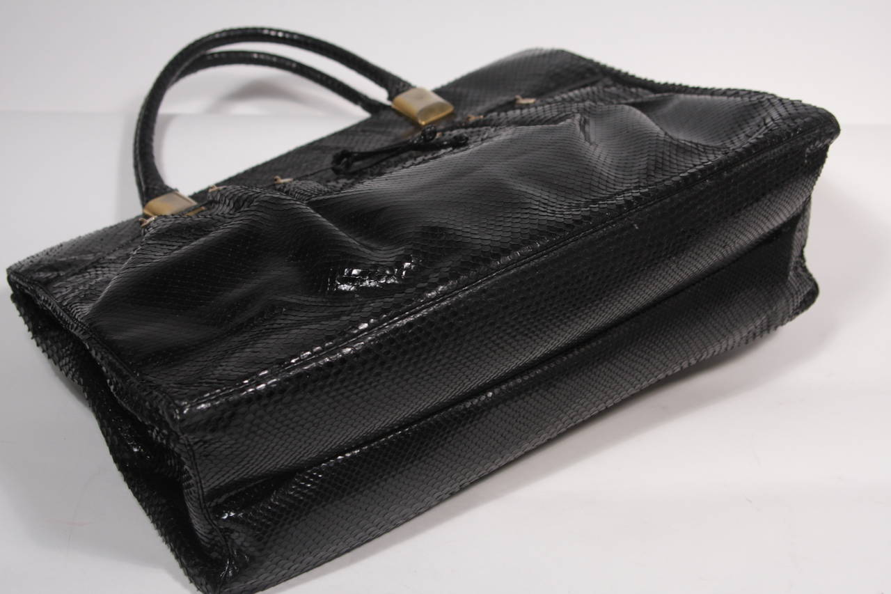 Judith Leiber XL Black Snakeskin Tote with Coin Purse Excellent Condition For Sale 4