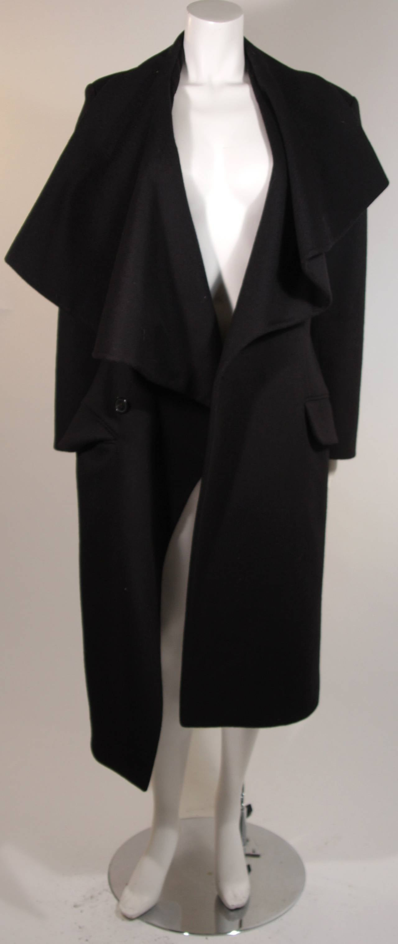 John Galliano Over-Sized Asymmetrical Collar Coat Size 10 42 In Excellent Condition For Sale In Los Angeles, CA