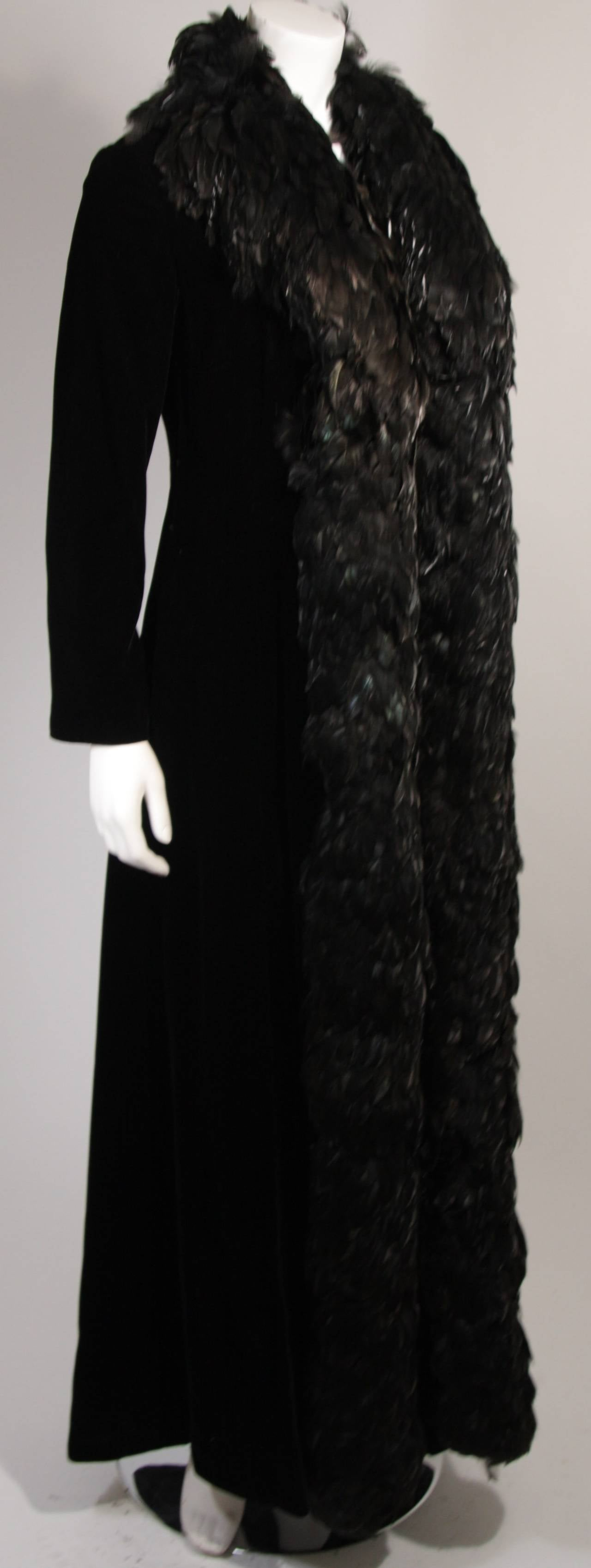 Velvet Feather Trim Coat Size 8 Victoria Royal In Good Condition For Sale In Los Angeles, CA
