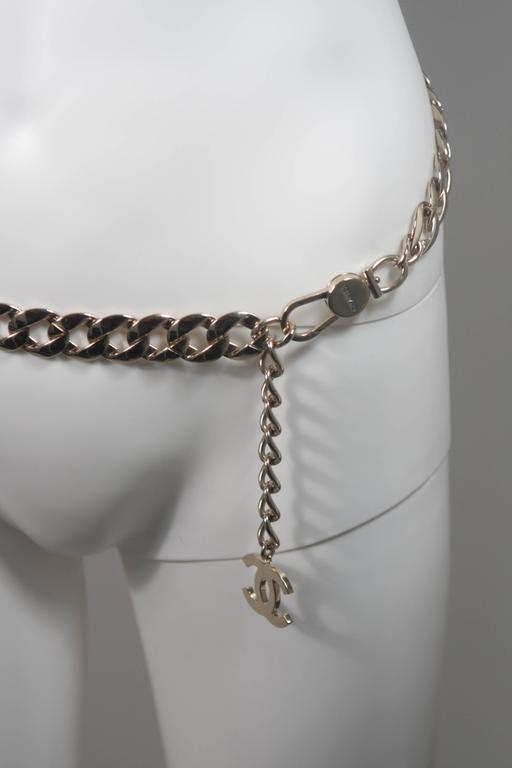 CHANEL Silver Chain Link Belt with Chanel Logo Tassel  4