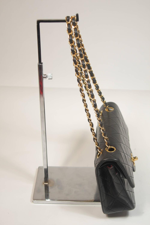 Chanel-Red-Accordian-Handbag_datecode