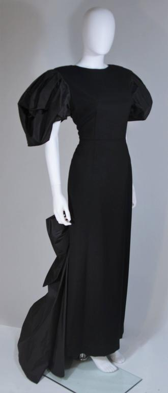 VICTOR COSTA 1980's - 1990's Black Gown with Puff Sleeve Bow Size 12-14  4