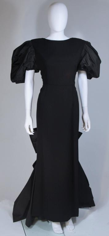 VICTOR COSTA 1980's - 1990's Black Gown with Puff Sleeve Bow Size 12-14  2