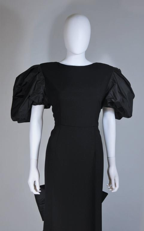 VICTOR COSTA 1980's - 1990's Black Gown with Puff Sleeve Bow Size 12-14  3