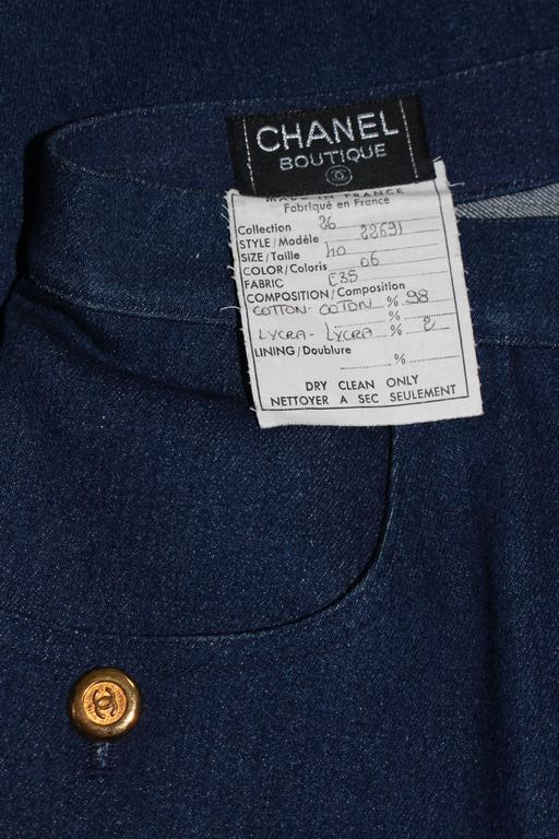 CHANEL Stretch Denim Skirt with Buttons Size 6 For Sale 5