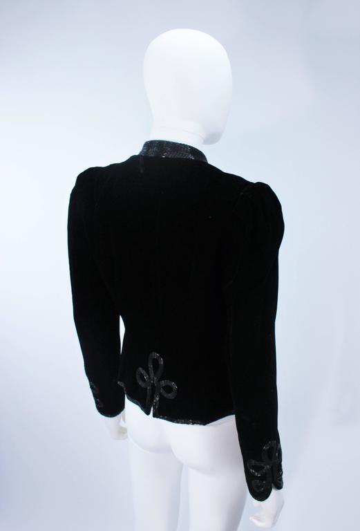 OSCAR DE LA RENTA Black Velvet Beaded Jacket Size 4 7