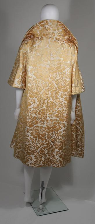 Samuel Winston Gold and Cream Brocade Evening Ensemble Size Small  For Sale 2