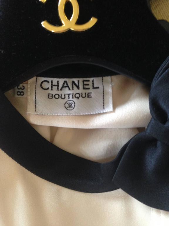 Chanel Boutique circa1984 White Satin Black Bow Pristine Classic Blouse FR38 10