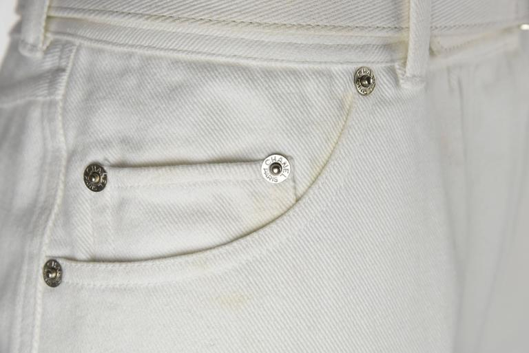 Chanel 1995P White Twill Cotton Jeans with Silver Belt Buckle & CC Pocket FR38 5
