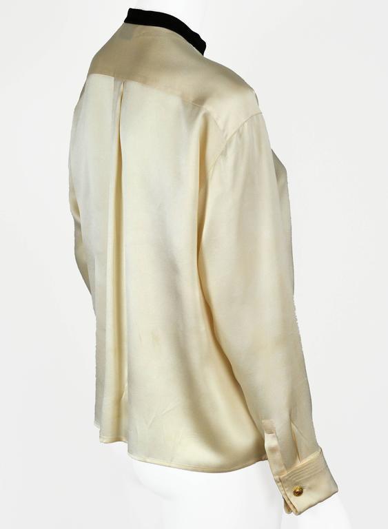Chanel Boutique circa1984 White Satin Black Bow Pristine Classic Blouse FR38 7